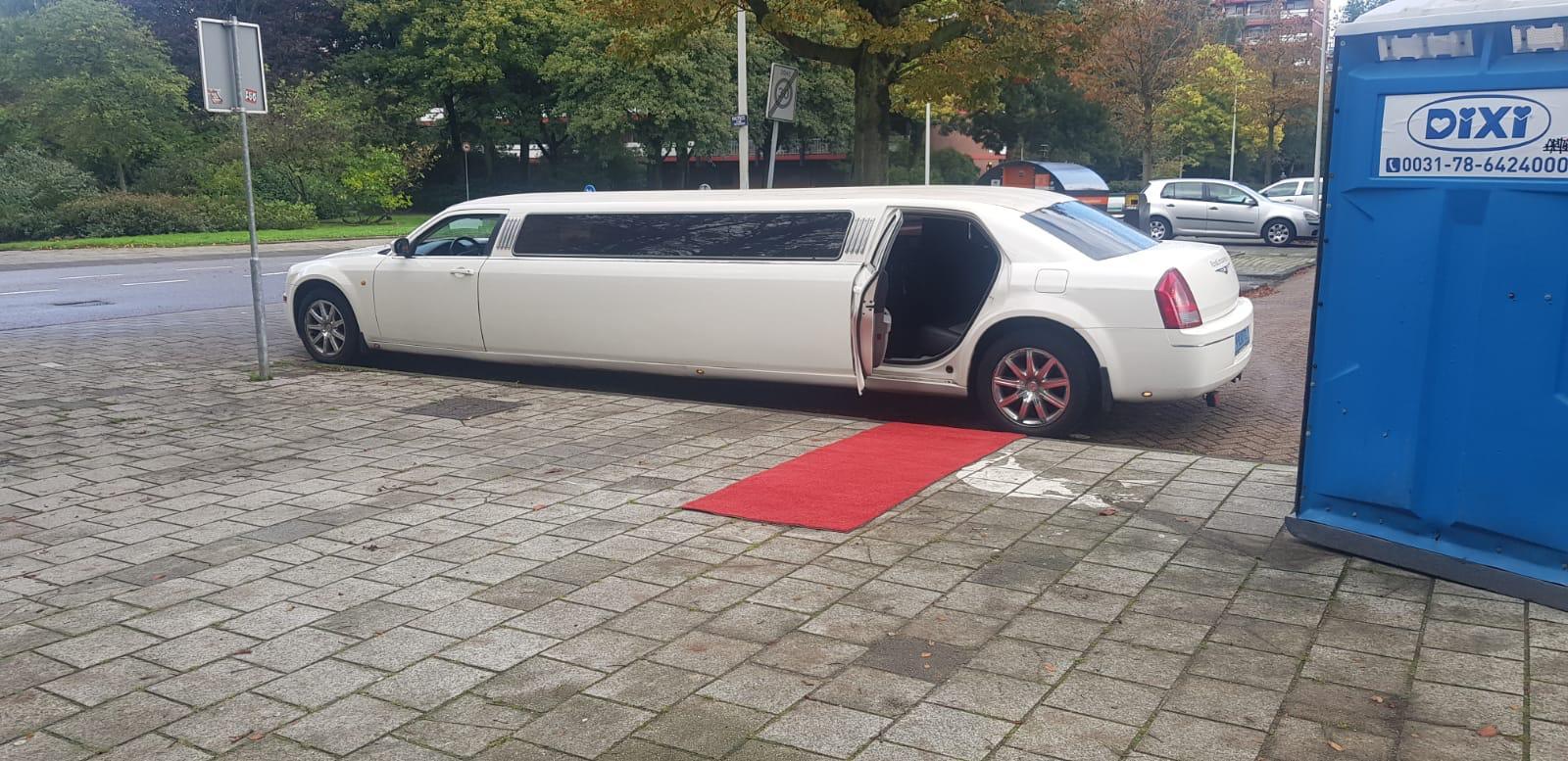 Chrysler limousine XL Limousine